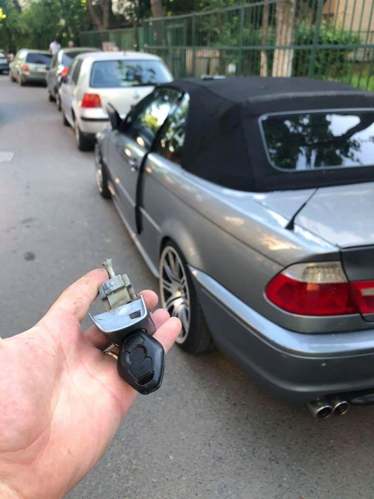 Deblocare Auto Fara Dauna Bmw E46 Cabrio 2004